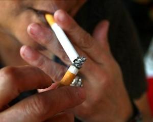 Unos 244.000 asturianos mayores de quince año fumen a diariu - El Digital de Asturias