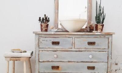mueble baño estilo vintage verde decapado