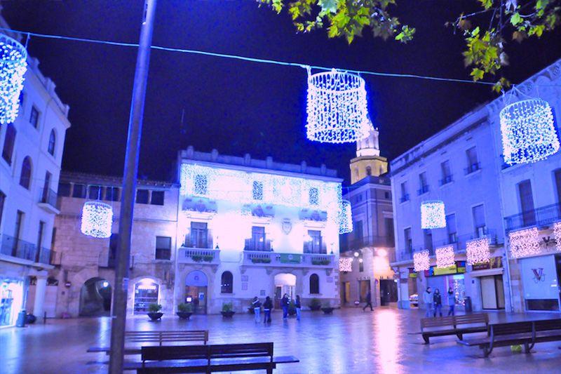 1511701438_viada_figuras_luces_navidad