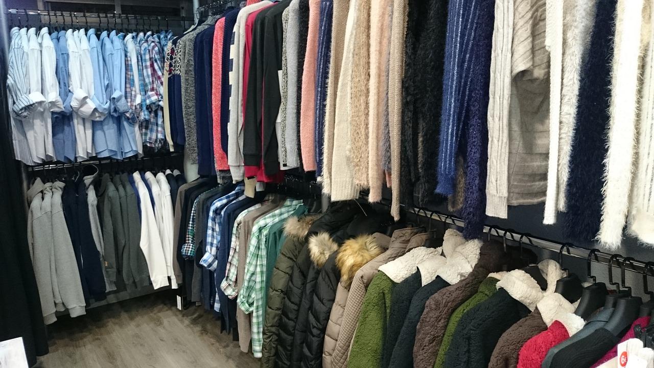 clothing-1150527_1280