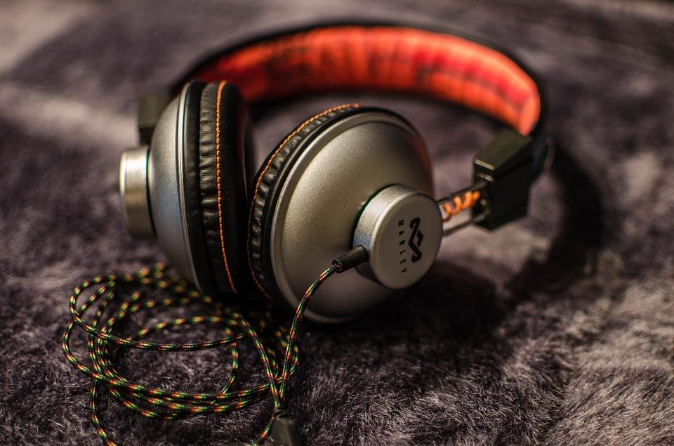 music-998228_960_720