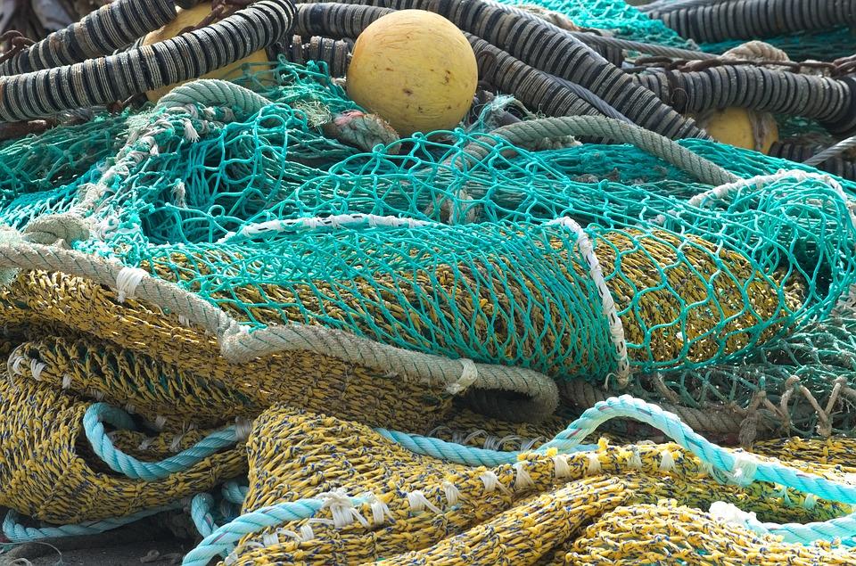 fishing-nets-2329659_960_720