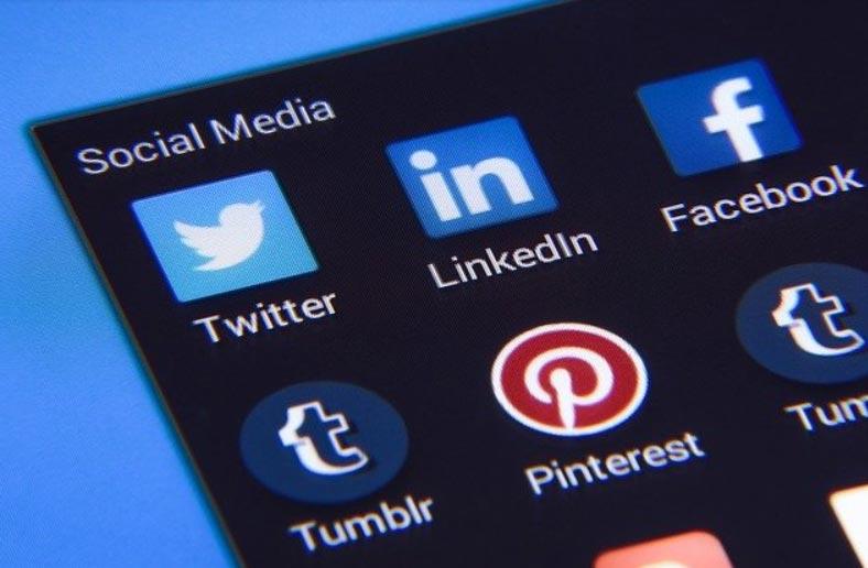 ayuda-en-redes-sociales
